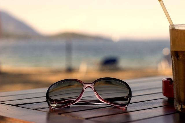 eyeglasses-442616_640